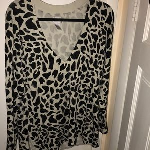 Chico's Sz 2 long sleeve top Sz 2 or large